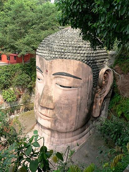 le plus grand bouddha,bouddha,
