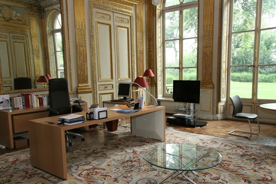 bureau du ministre. Black Bedroom Furniture Sets. Home Design Ideas