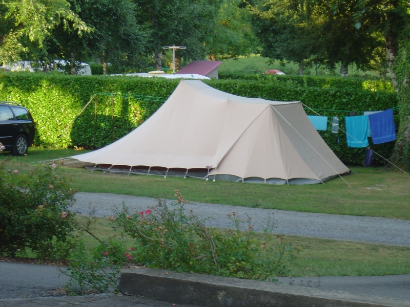vous avez cherch tente camping hollandaise arts et voyages. Black Bedroom Furniture Sets. Home Design Ideas