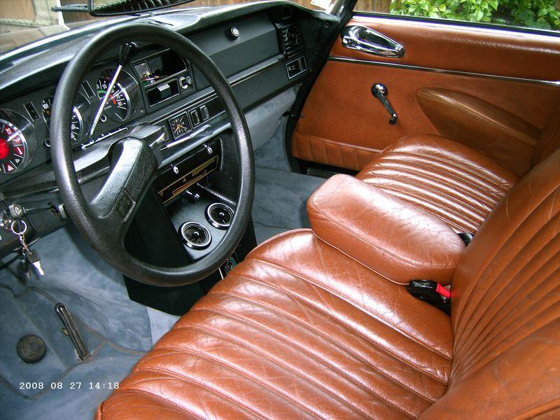 ma vieille voiture pour les passionn s de voitures anciennes. Black Bedroom Furniture Sets. Home Design Ideas