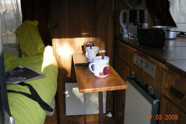 Table amovible pour p 39 tit d j dans puck - Table cuisine escamotable ou rabattable ...