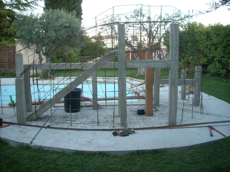 Projet construction faux rocher avec cascade pour piscine for Construction piscine 82