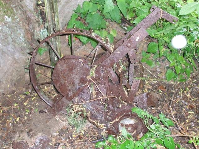 Quel est cette objet trouver au fond au fond d un terrain for Trouver un terrain